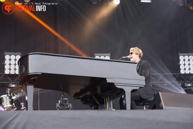 Foto Tom Odell op Concert At Sea 2017