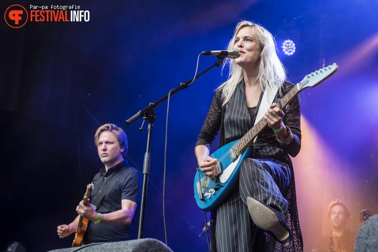 Sue the Night op Werfpop 2017 foto
