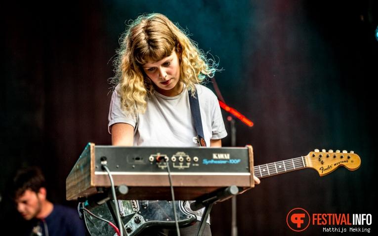 Pip Blom op Valkhof Festival 2017 foto