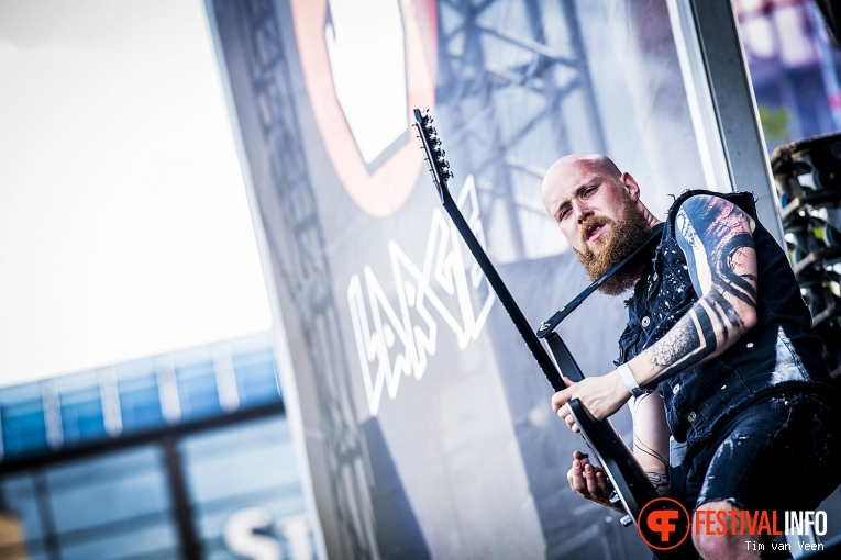 Foto The Charm The Fury op Into The Grave 2017 - Vrijdag