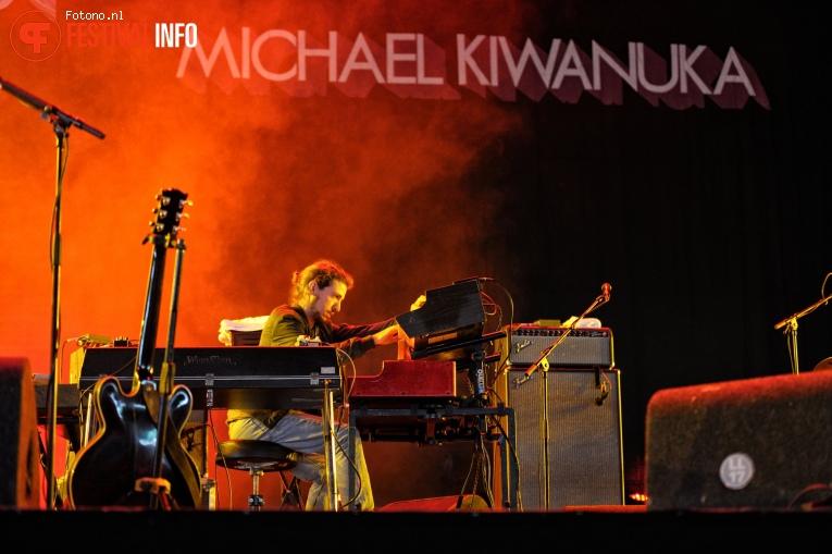 Michael Kiwanuka op Lowlands 2017 - Vrijdag foto
