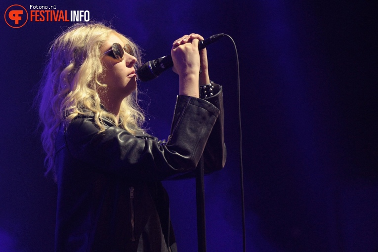 Foto The Pretty Reckless op Lowlands 2017 - Zondag