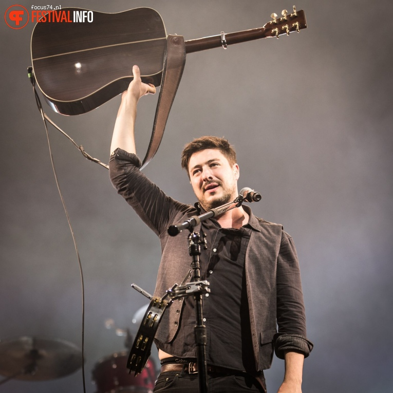 Foto Mumford and Sons op Lowlands 2017 - Zondag