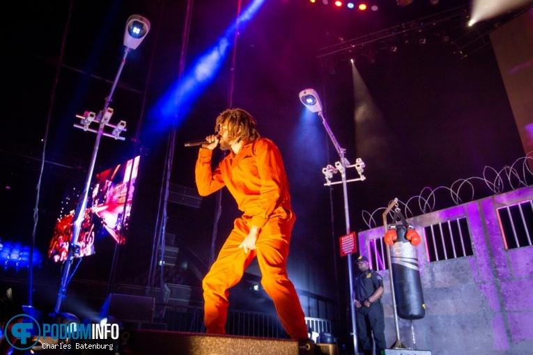 J. Cole op J. Cole - 05/10 - Ziggo Dome foto