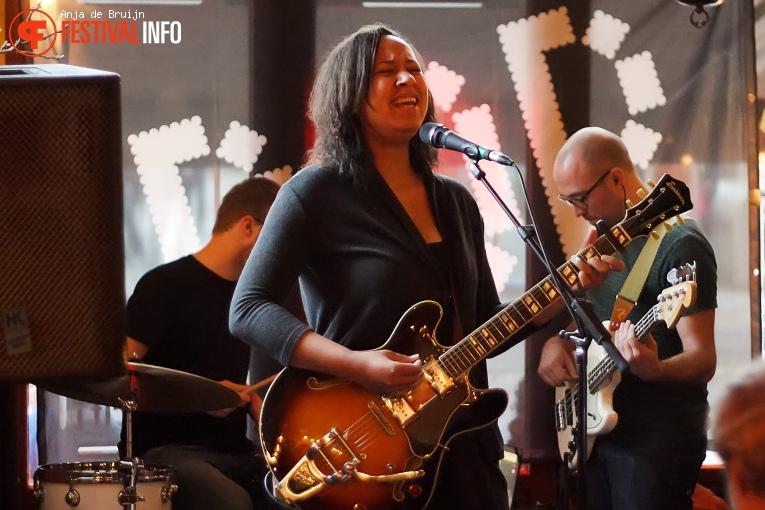 Aïcha Cherif op Popronde Rotterdam 2017 foto