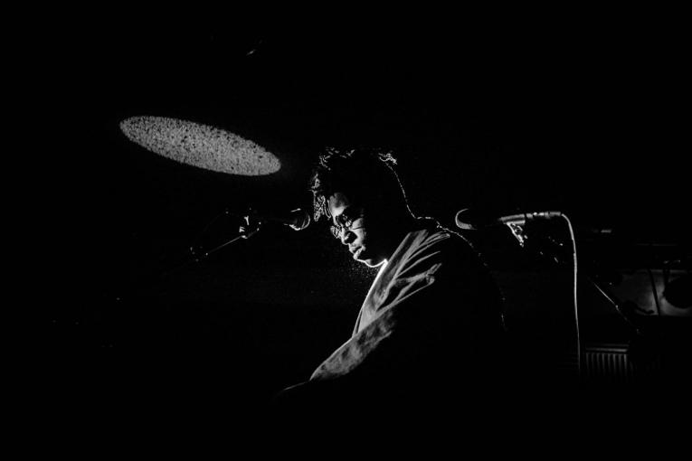 Foto Moses Sumney op REC. Festival 2017