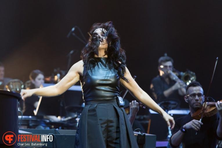 Alexandra Arrieche op Night of The Proms Rotterdam foto