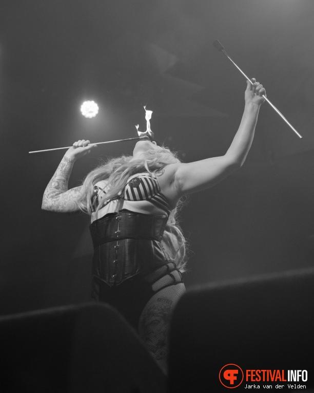 Cunning Stunts Cabaret op Helldorado 2017 foto
