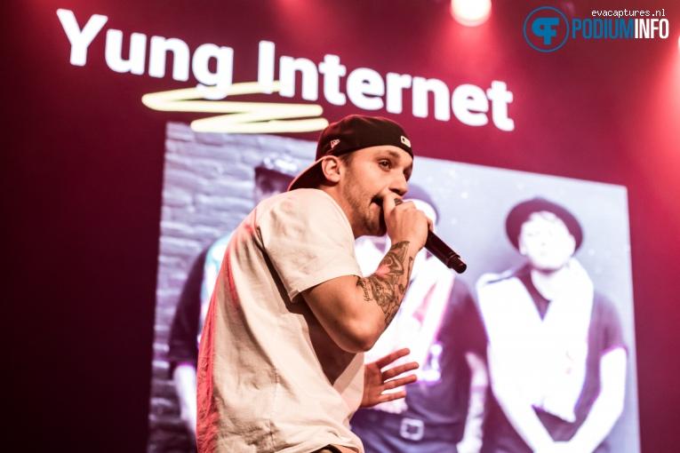 Foto Yung Internet op Xite Awards - 23/11 - Melkweg