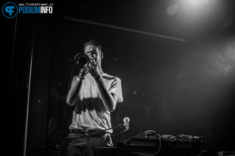 Foto The Grand East op The Grand East + Medicine Jet - 3/12 - Rotown