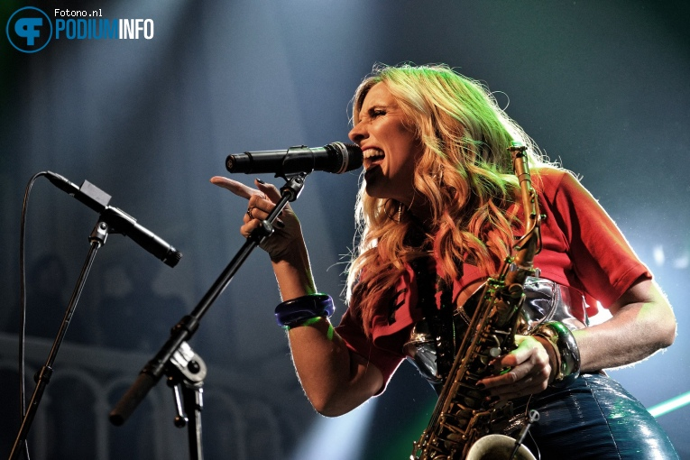 Foto Candy Dulfer in Paradiso op 06 december 2017 op Podiuminfo