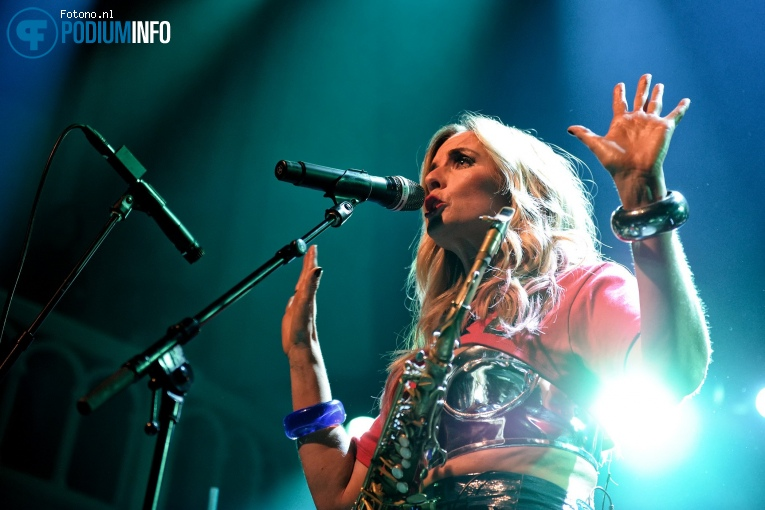 Foto Candy Dulfer op Candy Dulfer - 06/12 - Paradiso