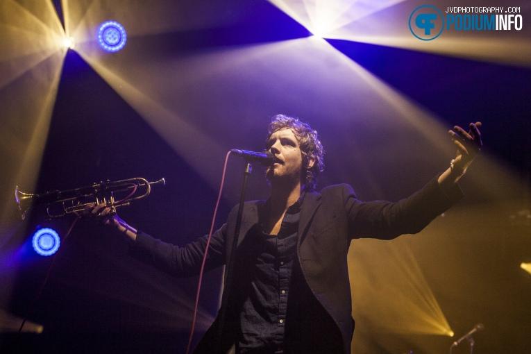 Warhaus op 3voor 12 Song Van Het Jaar -  8/12 - TivoliVredenburg foto