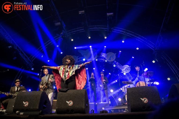 Foto Michelle David & The Gospel Sessions op Eurosonic Noorderslag 2018 - Zaterdag