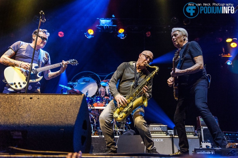 Foto Golden Earring op Golden Earring - 21/1 - TivoliVredenburg
