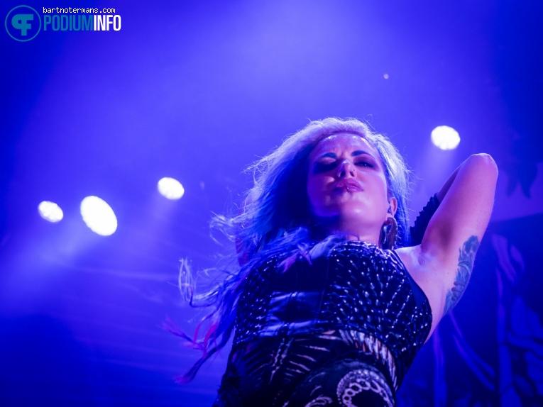 Foto Arch Enemy op Arch Enemy - 28/1 - 013