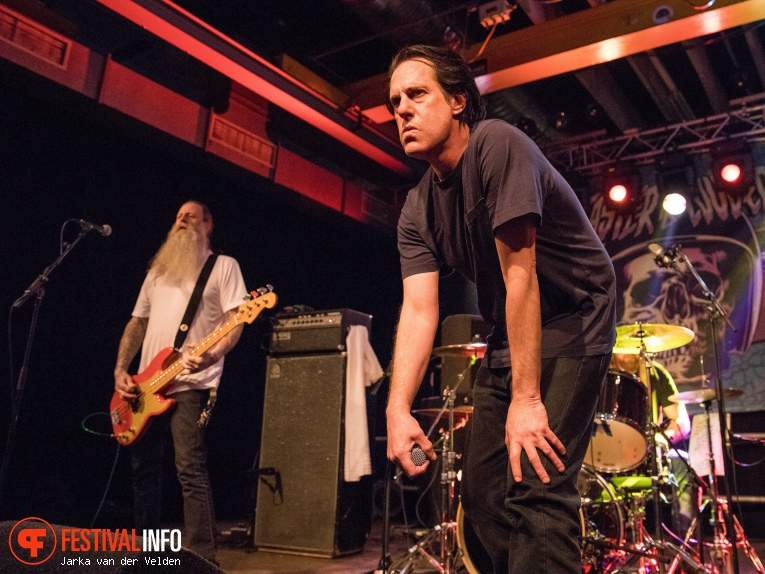 Foto Negative Approach op Faster and Louder 2018