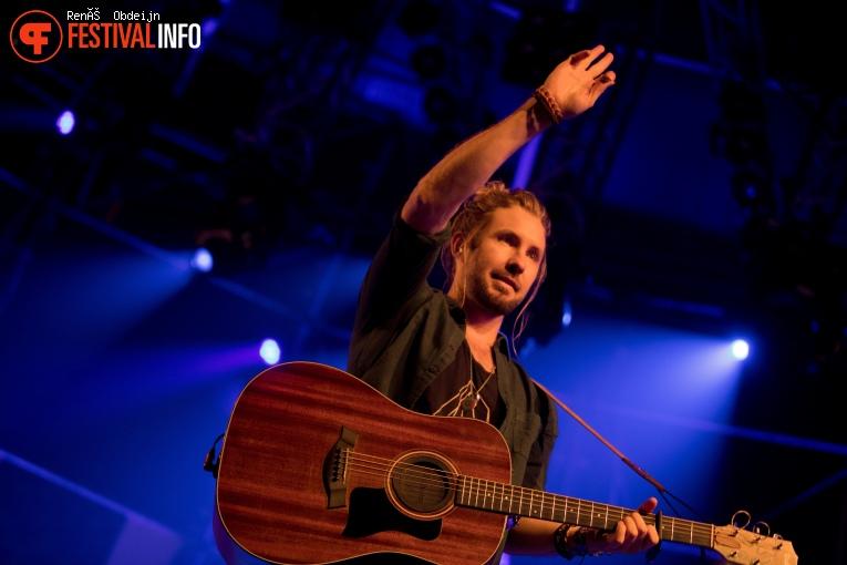 Jeremy Loops op Paaspop Schijndel 2018 - Zaterdag foto