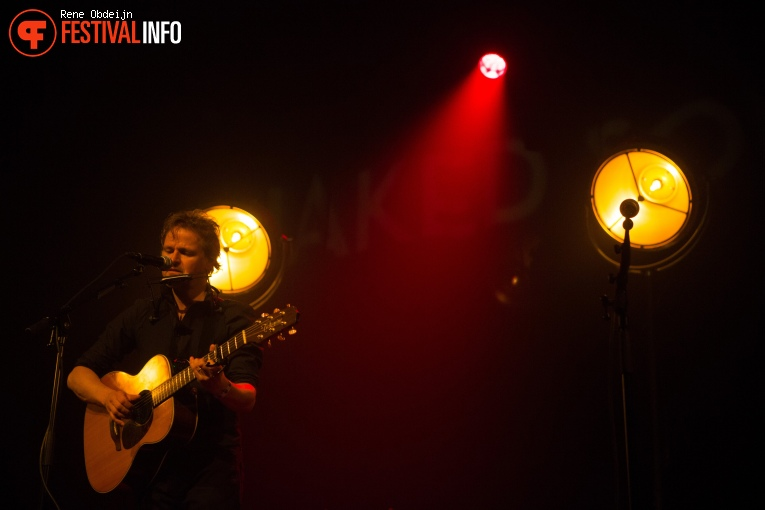 Foto Tom McRae op Naked Song Festival 2018