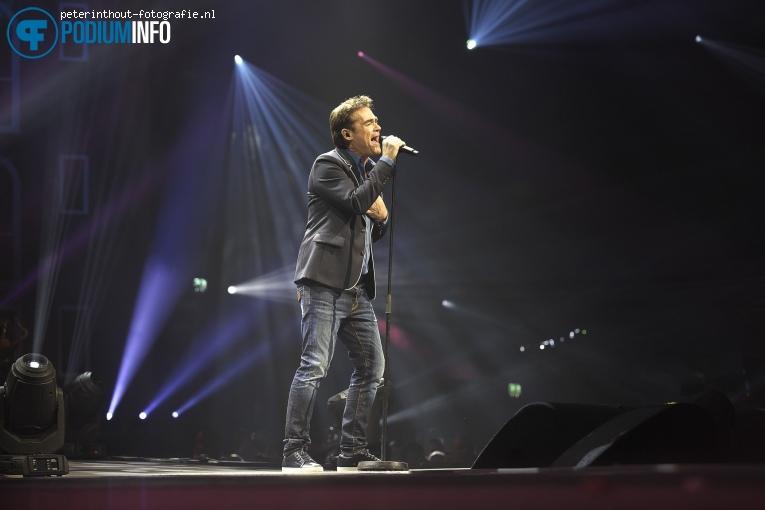 Jeroen van der Boom op Holland Zingt Hazes - 20/04 - Ziggo Dome foto