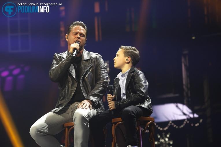 Danny De Munk op Holland Zingt Hazes - 20/04 - Ziggo Dome foto