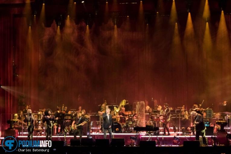 Het Metropole Orkest op Bryan Ferry / Het Metropole Orkest - 05/06 - AFAS Live foto