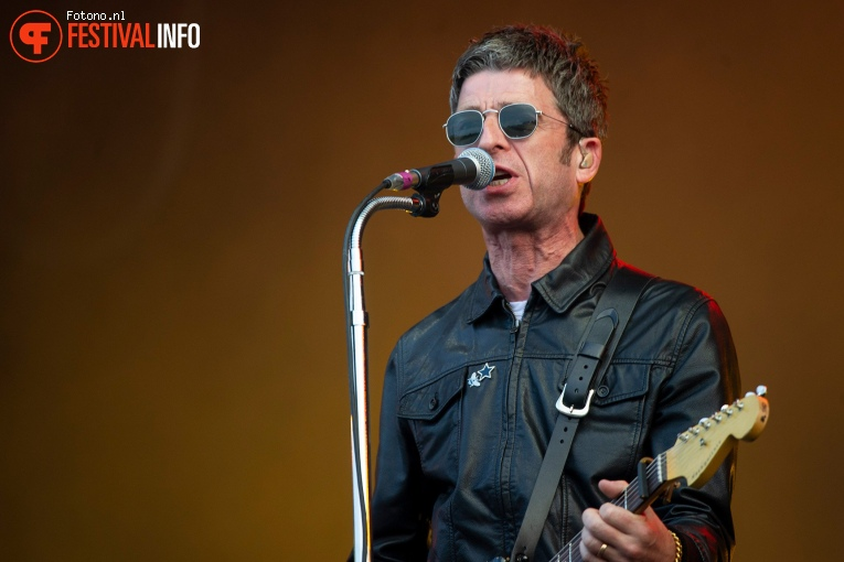 Foto Noel Gallagher's High Flying Birds op Pinkpop 2018 - zaterdag