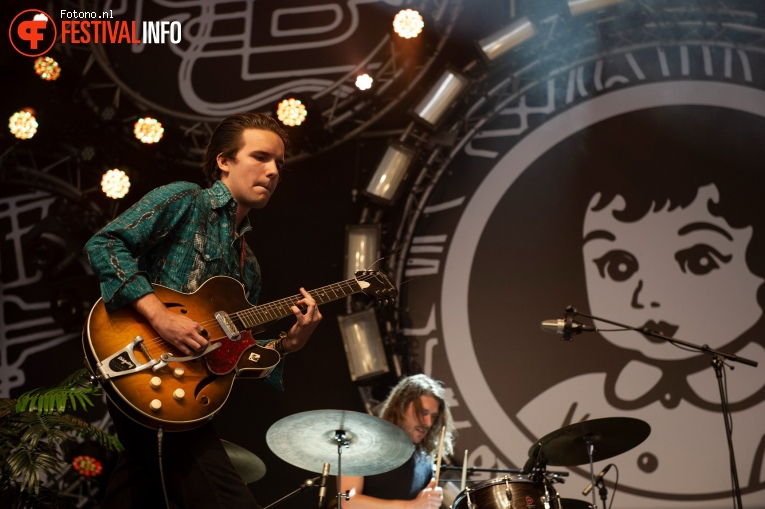 Theo Lawrence & The Hearts op Pinkpop 2018 - zaterdag foto