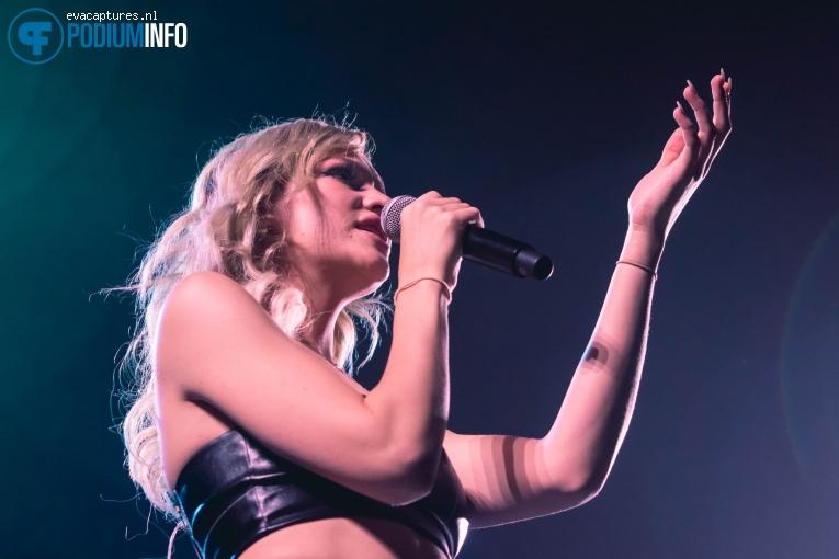 Joy op Demi Lovato - 18/06 - AFAS Live foto