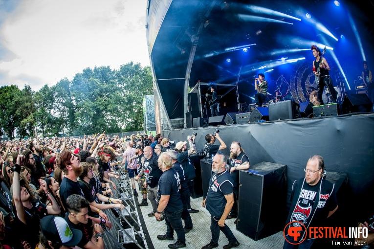 Crossfaith op Graspop Metal Meeting 2018 - Zaterdag foto