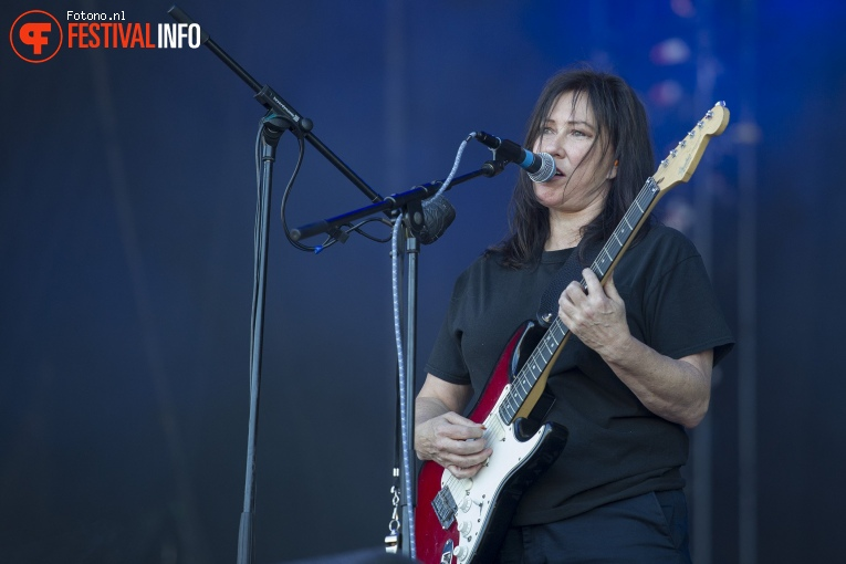 Foto The Breeders op Down The Rabbit Hole 2018 - Zondag