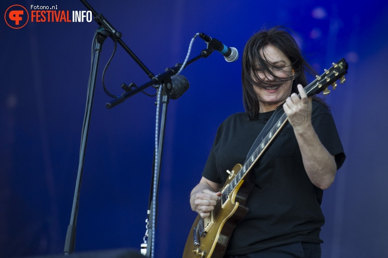 The Breeders op Down The Rabbit Hole 2018 - Zondag foto