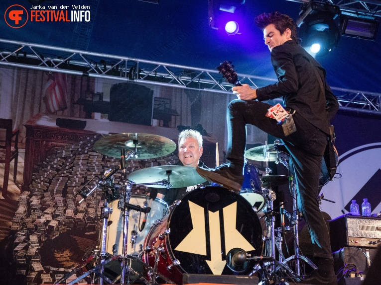 Anti-Flag op Jera On Air 2018 - Vrijdag foto