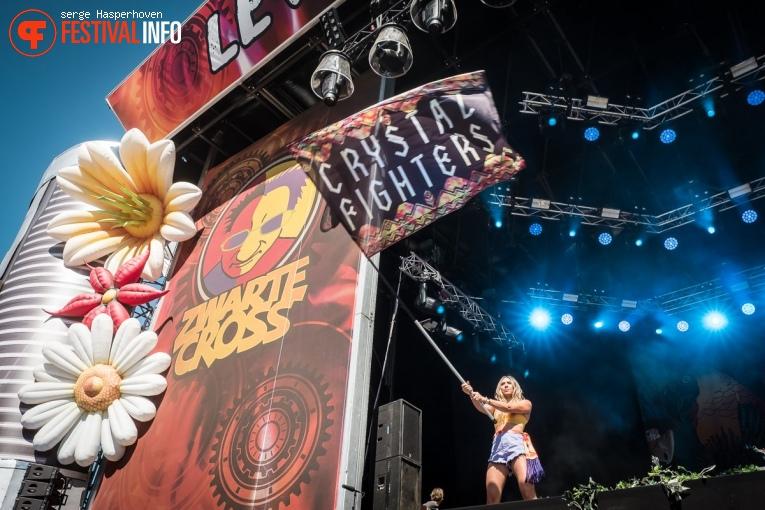 Foto Crystal Fighters op Zwarte Cross 2018 - Zondag