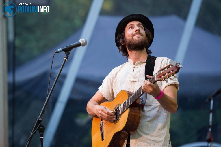 Sean Christopher op Graham Nash - 14/07 - Openlucht Theater Amsterdamse Bos foto
