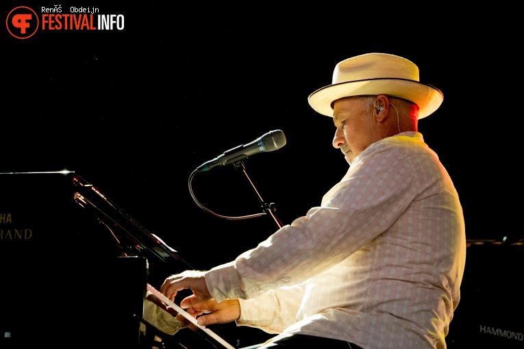 Paul Carrack op Bospop 2018 foto
