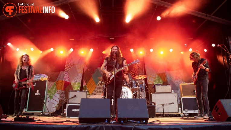 Foto Strand Of Oaks op Welcome To The Village 2018 - Vrijdag