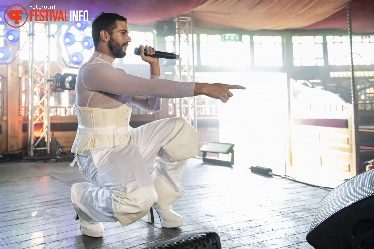 Ariah Lester op Welcome To The Village 2018 - zondag foto
