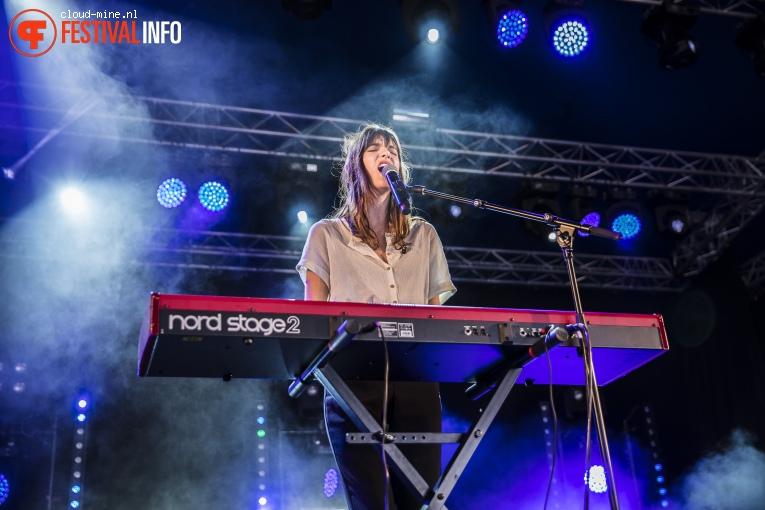 Charlotte Cardin op Paleo Festival 2018 foto