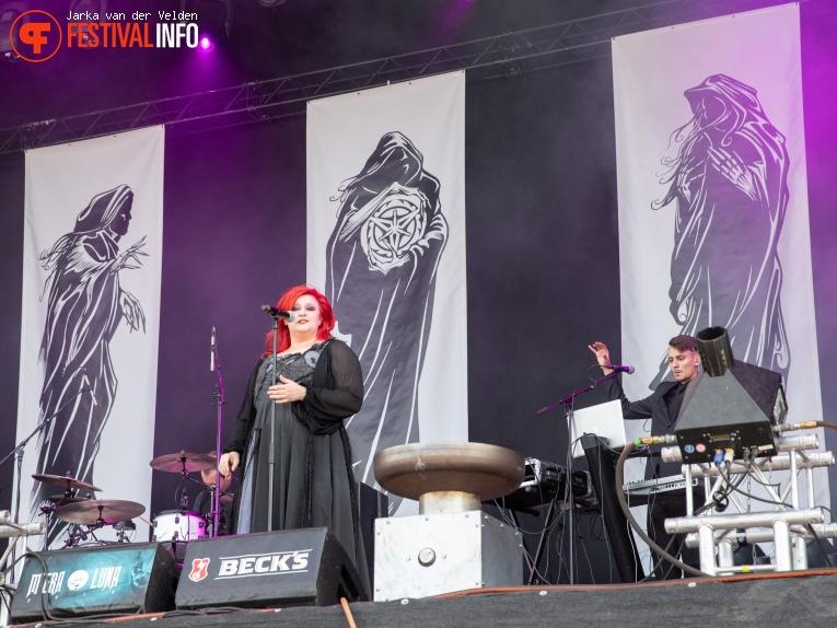 L'Amé immortelle op M'era Luna 2018 - Zondag foto
