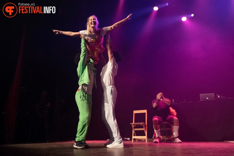 ISH (dansgezelschap) op Lowlands 2018 - zondag foto