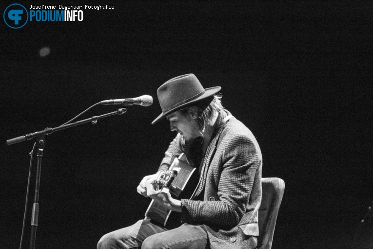 Dylan LeBlanc op Jeff Tweedy - 03/09 - TivoliVredenburg foto
