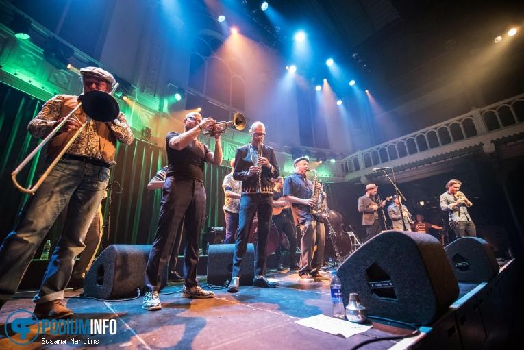 Amsterdam Klezmer Band op Amsterdam Klezmer Band - 08/09 - Paradiso foto