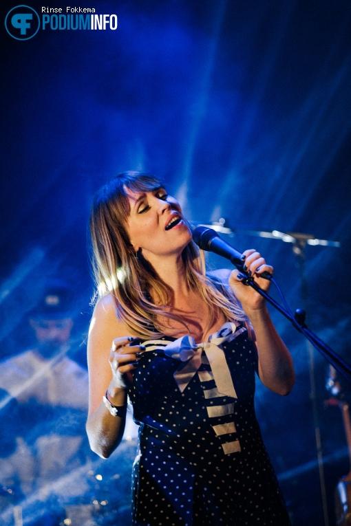 Foto Janne Schra op Janne Schra - 29/09 - TivoliVredenburg