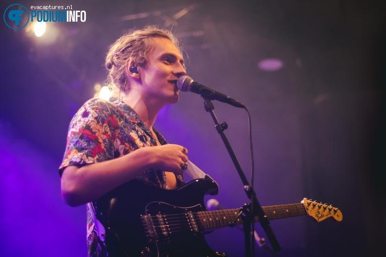 Foto Casey Lowry  op LANY - 15/10 - Paradiso Noord (Tolhuistuin)