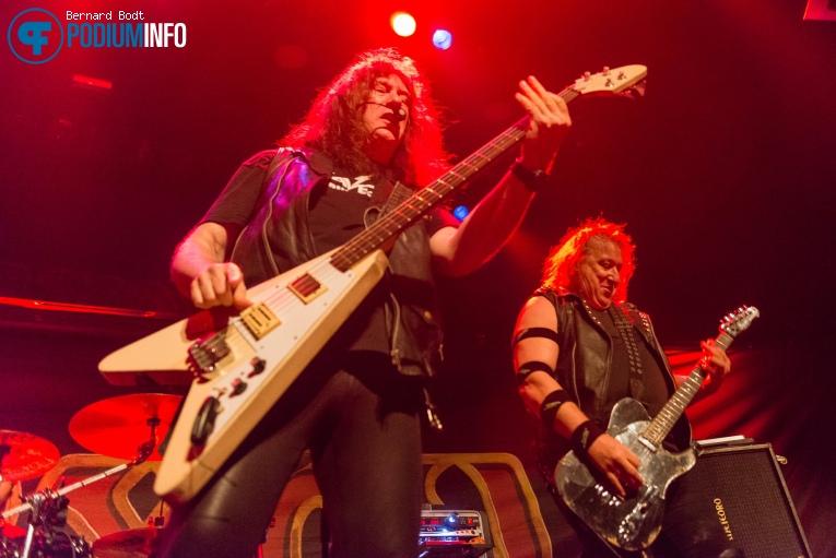 Raven op Saxon - 16/10 - TivoliVredenburg foto