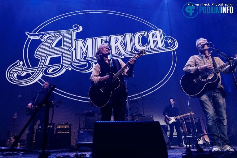 America op America - 20/10 - TivoliVredenburg foto
