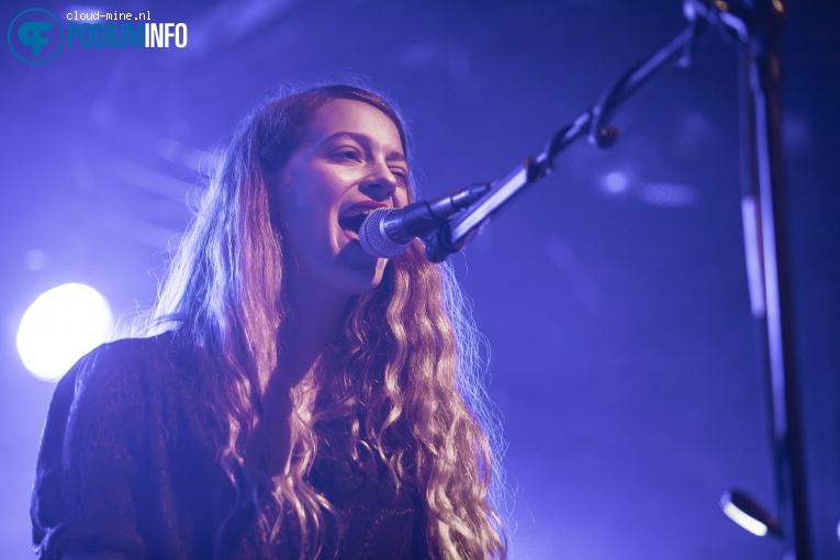 Dewey op Sophie Hunger - 30/10 - Paradiso Noord (Tolhuistuin) foto