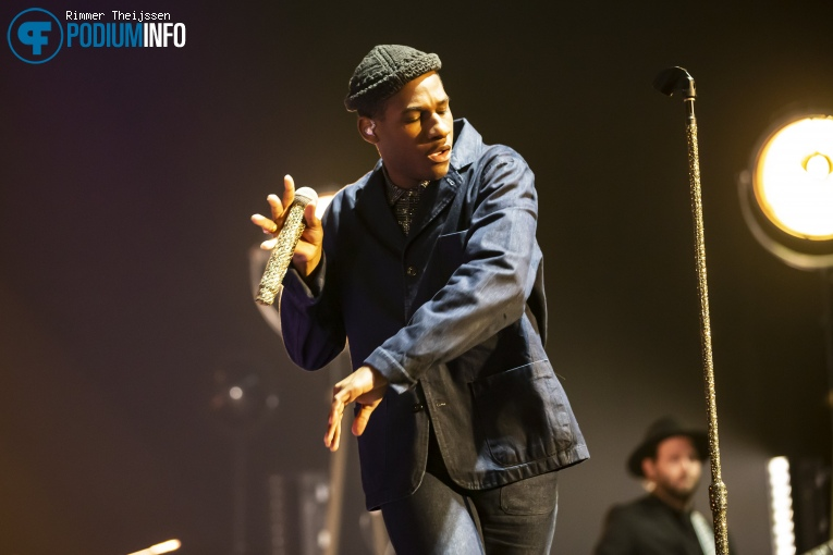 Foto Leon Bridges op Leon Bridges - 01/11 - AFAS Live