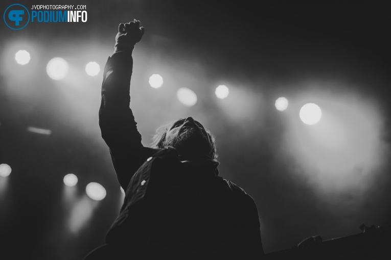 Shinedown op Shinedown - 12/11 - 013 foto